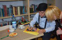 wojciech widlak dający autografy
