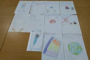 rysunki dzieci w filli bibioltecznej w studziankach