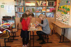 zabawy edukacyjne z dziećmi