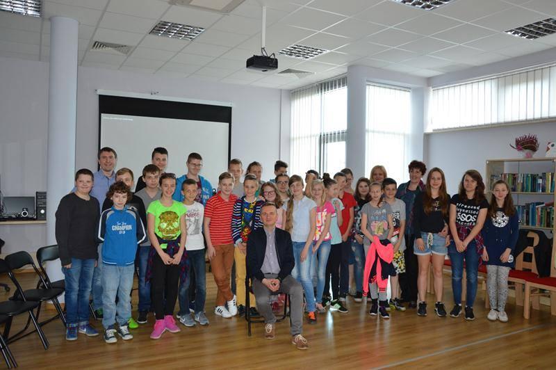 zdjęcie grupowe podczas Rendez-vous z biblioteką